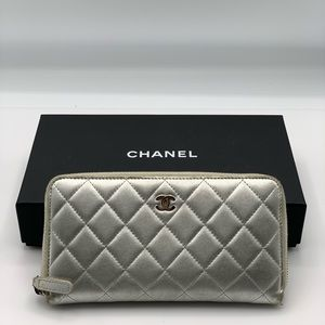 Chanel Silver Quilted Leather CC Zippy Wallet Auth